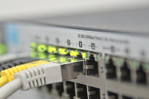 รับเดินสายแลน รับเทสสายแลน Install UTP Cable วางระบบแลน รื้อถอนสายแลน ย้ายสายแลน